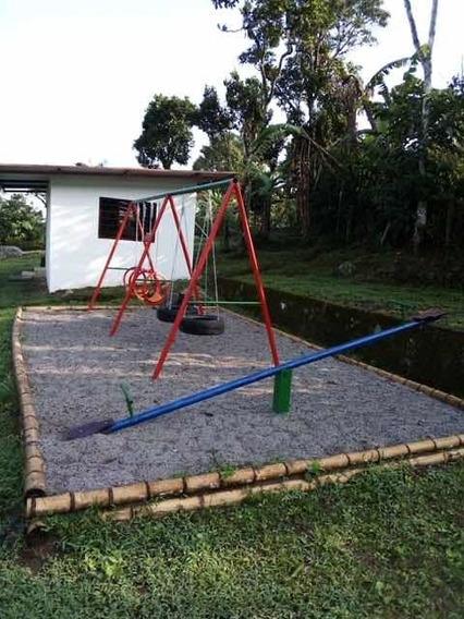 Finca De 3 Casas, 6 Cuartos, 5 Baños, Bbq, Parque, Internet