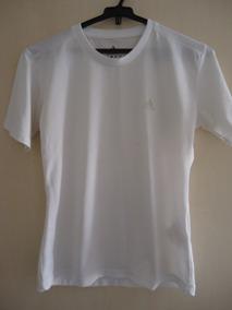 44702ce10b9 Blusa Camiseta Feminina Manga Curta adidas P Usada