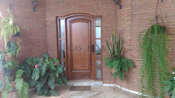 Casa À Venda Em Saúde - Ca001842