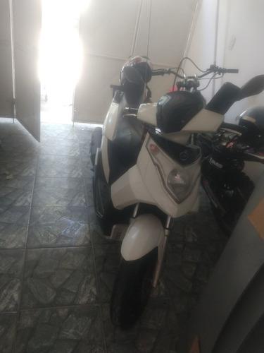 Dafra Cityclass 200