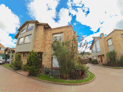 Casa En Venta San Jose De Bavaria Mls18-296dt