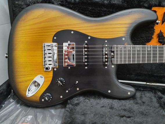 Guitarra Klingen Stratocaster