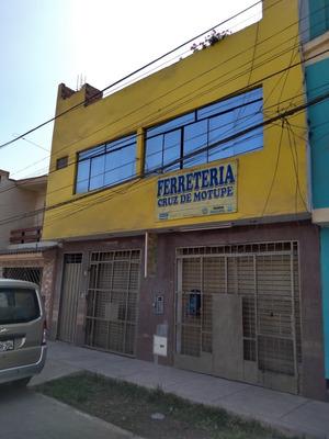 Casa 2 Pisos Zona Comercial.. Puente Piedra