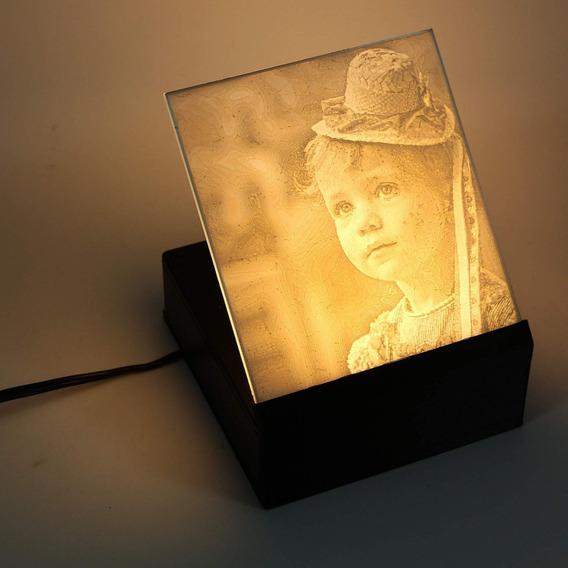 Porta-retrato Relevo 3d 12x12 Cm - Customize Com Sua Foto
