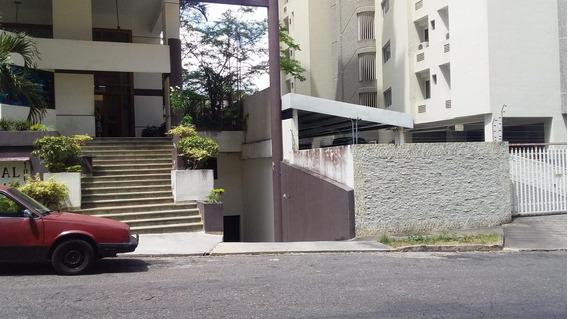 Apartamento En Venta El Bosque Valencia Cod20-10158 Gz