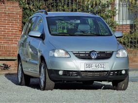 Volkswagen Suran 1.6 Highline 2007 Financio - Permuto