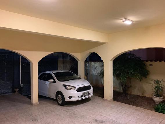 Casa Com 308m No Barreiro