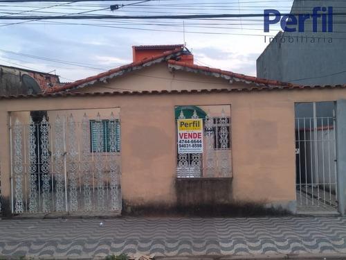 Casas - 3 Dormitórios             - 1310
