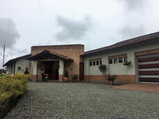 Casas En Arriendo Loma Del Escobero 473-3355