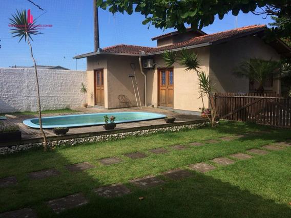 Casa A Venda No Bairro Ingleses Do Rio Vermelho Em - C629-1
