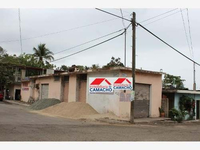 Oficina Comercial En Venta Tapeixtles, Manzanillo, Colima; En Esquina, Ideal Para Consultorios U Oficinas