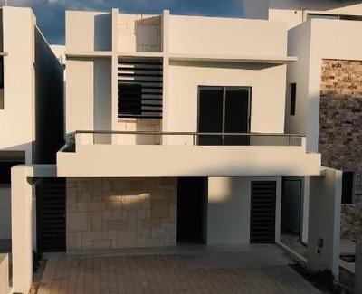 Casa En Venta En Residencial Aqua Cancun, Av Huayacan