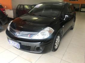 Nissan Tiida S