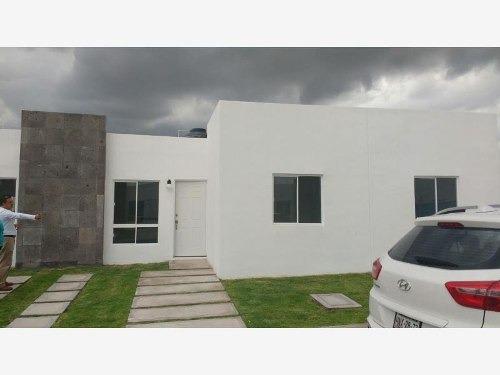 Casa Sola En Venta Casa En Privada Al Sur De Pachuca (matilde)