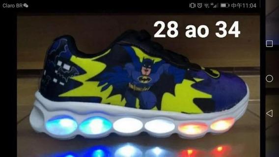 Tênis Batman De Led Com Brinde Um Par De Meia