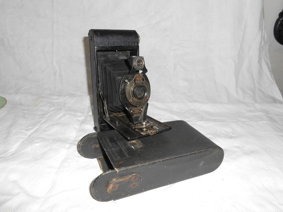 Antiga Maquina Fotografica Com Fole Marca Kodak Brownie