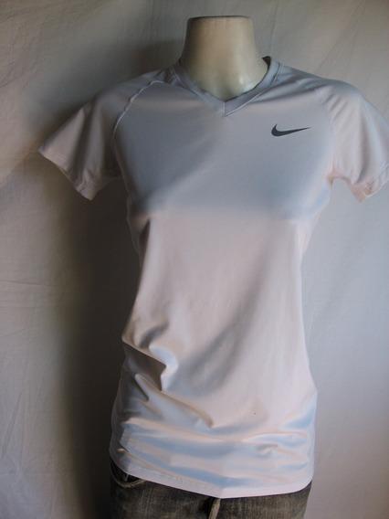Remera Nike , Pro Combat, Dri- Fit Talle S