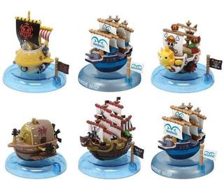 Set Barcos One Piece Colección Wobbling Pirate Ships Nuevos!