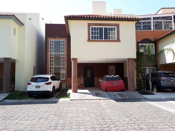 Casa Nueva En Exclusivo Condominio