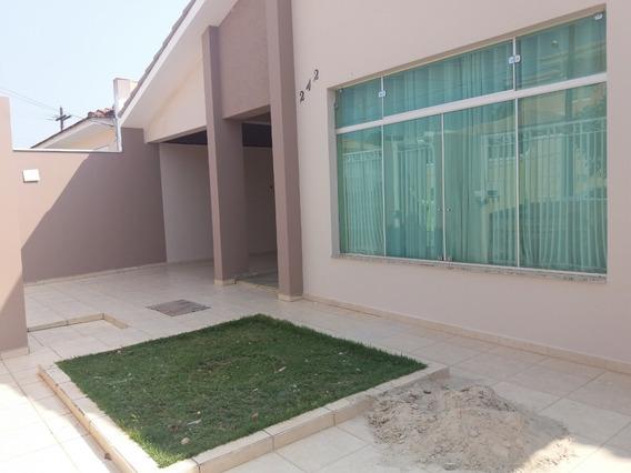 Casa Com 314 M2 Em Bairro Nobre Em Itapeva