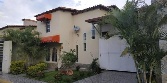 Townhouse Quinta Urb.la Providencia 19-20253 Hjl