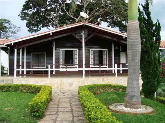 Casa A Venda No Bairro Centro Em Paraisópolis - Mg. - Cs241-1