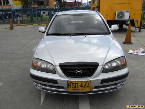 Hyundai Elantra Mt 2000