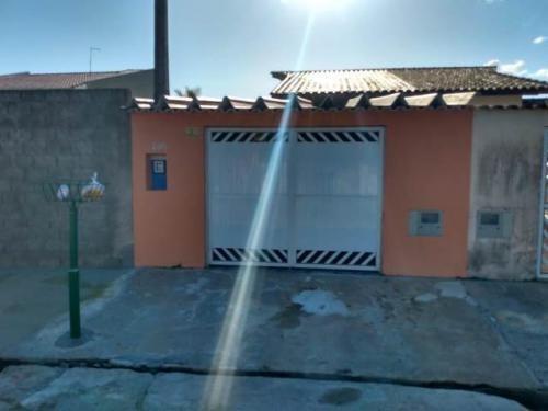 Imagem 1 de 13 de Casa 1km Do Mar Aceita Financiamento Bancário 7042