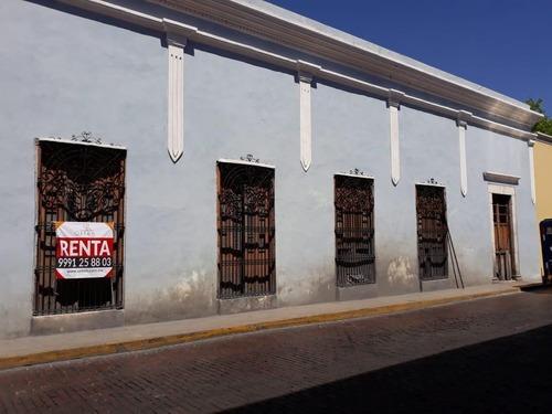 Casa En Renta En El Centro De Mérida A Un Costado Del Parque De Santa Lucia. Para Remodelar Ideal Para Hotel Boutique