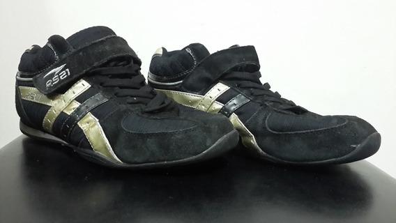 Zapatos Deportivos Rs21 Color Negro Con Detalles Dorados Cla