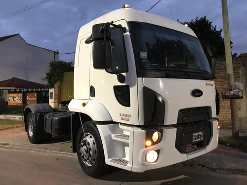 Ford Cargo 1722 Tractor - 2014