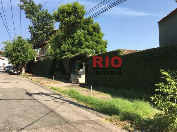 Casa De Rua-locação-vila Valqueire-rio De Janeiro - Vvca40018