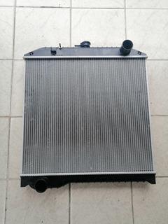Radiador Hino 500 Fc (corto)