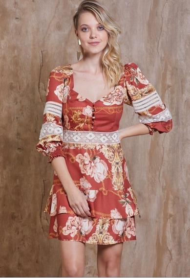 Vestido Curto Com Detalhes Em Renda E Babados Floral