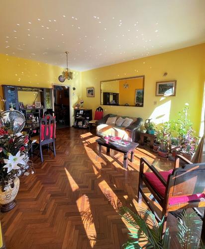 Muy Buen Apartamento Con Cochera, Sobre Millan