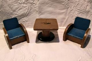Muebles Antiguos Para Muñecas 100% Madera: Mesa Y 2 Sillones