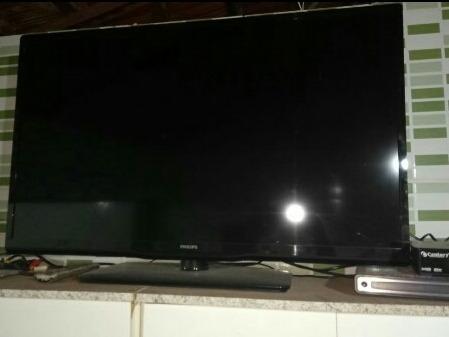 Tv 42 Led Polegadas Hdmi Marca Philips Super Conservada.