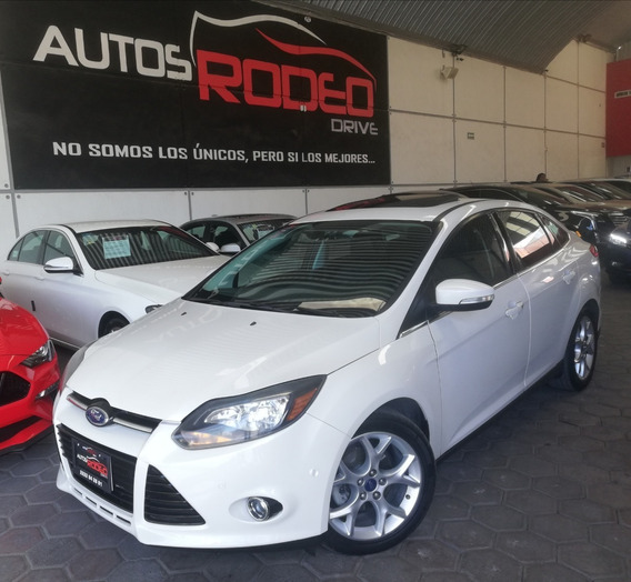 Ford Focus Titanium Plus 2013, At