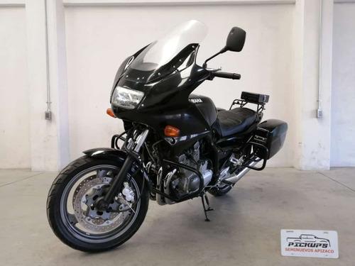 Yamaha Police 900