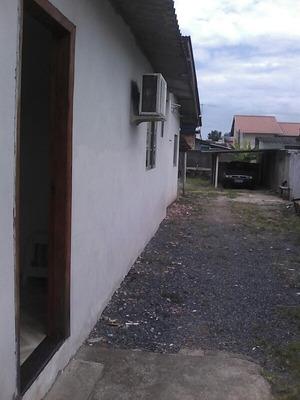 Casa Com 2 Quartos 2 Banheiros 1 Cozinha 1 Sala