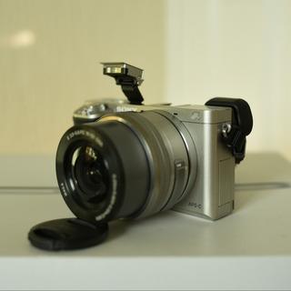 Cámara Sony A6000 / Sensor Aps-c 24mpx / Excelente Estado