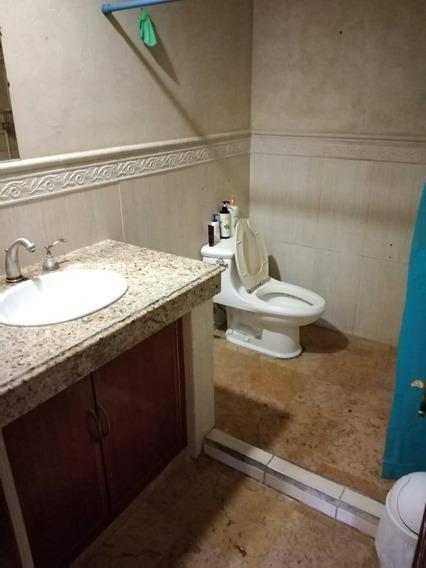 Casa En Renta 4a. Privada B. Laguna De Tancol, Residencial Lagunas De Miralta