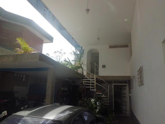 (v) Anexo Casa En El Cafetal. 35 M2. Canon 200