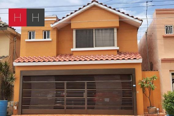 Casa En Venta Portal Del Roble, San Nicolás