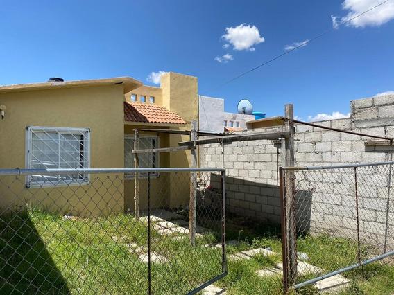 Casa De 2 Recamaras,90 M2 De Terreno