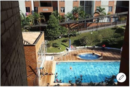 Imagen 1 de 14 de Arriendo Apartamento Amoblado Medellin Piscina Parqueadero