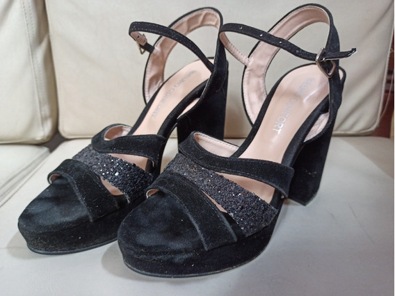Sandalias Negras Tipo Gamuza Con Brillos De Fiesta