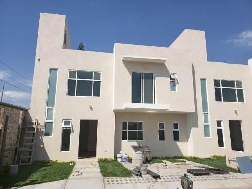 Casa Con 4 Habitaciones