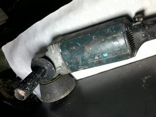 Esmerilhadeira/lixadeira Bosch