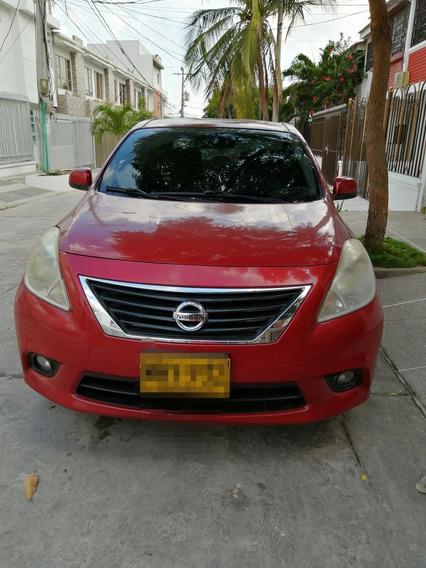 Nissan Versa Versa